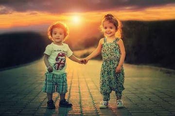 Sociolog:  România este o ţară atipică: avem printre cei mai fericiţi copii, dar printre cei mai nefericiţi adulţi. Asta ar trebui să ne dea mult de gândit
