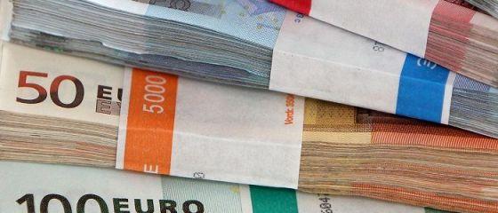 Deficitul de cont curent s-a majorat cu 18% în primul trimestru, iar datoria externă totală a crescut cu aproape 400 milioane euro