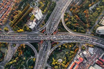 Sondaj AmCham România: Lipsa infrastructurii de transport este cel mai mare impediment pentru dezvoltarea economică a țării