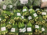 Țara în care supermarketurile au înlocuit ambalajele din plastic cu frunze. Metoda de împachetare a legumelor
