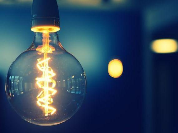 Directorul Hidroelectrica:  Încercaţi să stingeţi toate luminile și decuplaţi-vă de la electricitate o oră. Veți vedea că, brusc, viaţa nu mai are sens