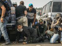 Lupte sângeroase în Venezuela. Mașinile armatei au trecut peste oameni
