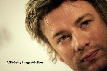 Celebrul chef britanic Jamie Oliver trece prin momente dificile:  A fost o plăcere să vă servesc