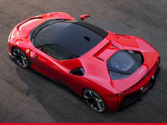 Ferrari a prezentat un model hibrid de lux care atinge 340 de km/oră
