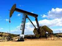 Războiul comercial SUA-China ieftinește țițeiul. Preţurile petrolului au scăzut cu 4%, la cel mai scăzut nivel din ultimele două luni