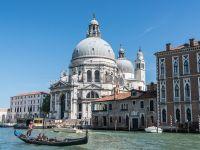 Amendă de 250 de euro pentru constum de baie, în Veneția