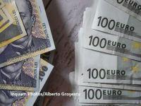 Euro crește spre nivelul de 4,74 lei