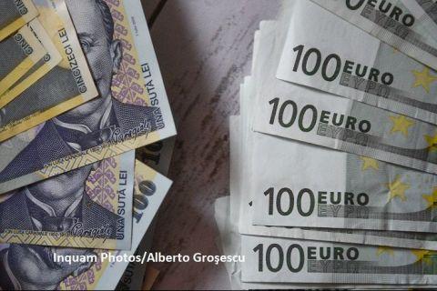 Euro urcă la cel mai ridicat nivel din ultimele 4 luni. Francul elveţian atinge maximul din ianuarie 2015, iar dolarul, cea mai mare valoare din ianuarie 2017