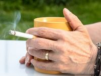 Țara din UE care a interzis fumatul în spaţii publice. Oamenii nu mai au voie să fumeze nici în fața barurilor sau stații de autobuz