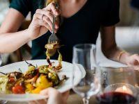 Platformele online de livrări de mâncare Just Eat şi Takeaway.com și-au anunțat fuziunea. Tranzacție de 11 mld. dolari