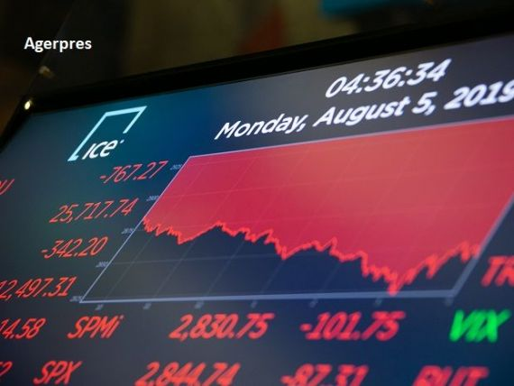 Reuters: Escaladarea războiului comercial dintre SUA şi China bagă în recesiune economia americană