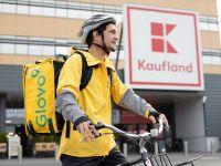Kaufland s-a asociat cu firma de transport Glovo, pentru livrarea cumpărăturlor acasă