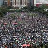 Reuters: Gigantul chinez de retail online Alibaba îşi amână listarea de 15 mld. dolari la Hong Kong, din cauza protestelor