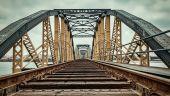 Ministrul Cuc promite că podul feroviar de la Grădiştea va fi refăcut. Anunţul pentru contractul de execuţie, publicat în SEAP