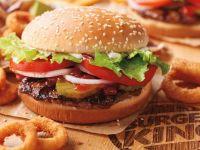 Când se deschide primul restaurant Burger King în România. Compania face angajări masive și atrage clienții cu bilete de avion gratuite